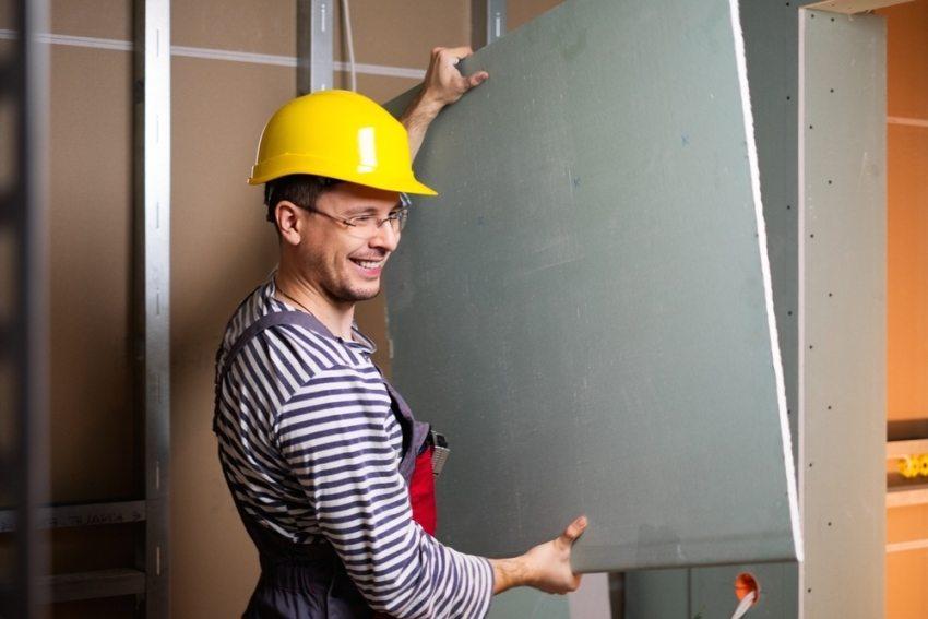 Выравнивание стен с помощью влагостойкого гипсокартона