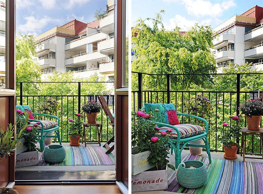 В хорошую погоду на французском балконе можно постелить ковер и насладится комфортом сидя в уютном кресле