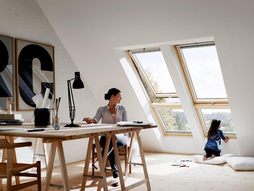Мансардное окно — красивая, но затратная конструкция