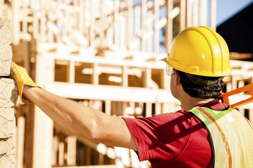 Проекты домов из бруса для постоянного проживания: строем жилье