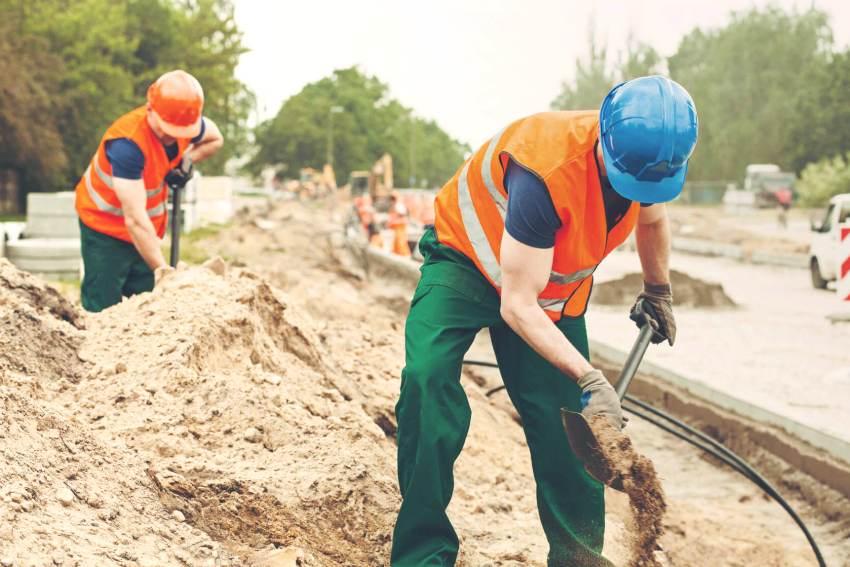 Самые востребованные в строительстве виды песка - речной и карьерный