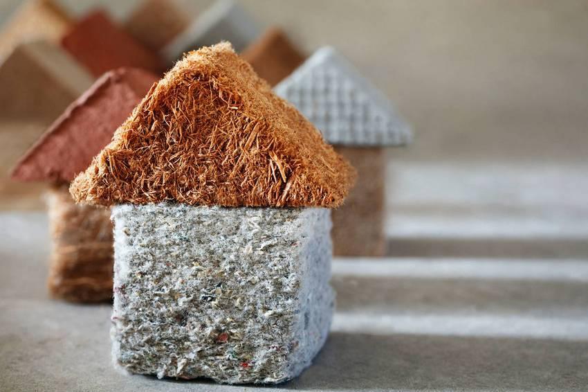 Рынок строительных материалов предлагает большое количество различных утеплителей для дома