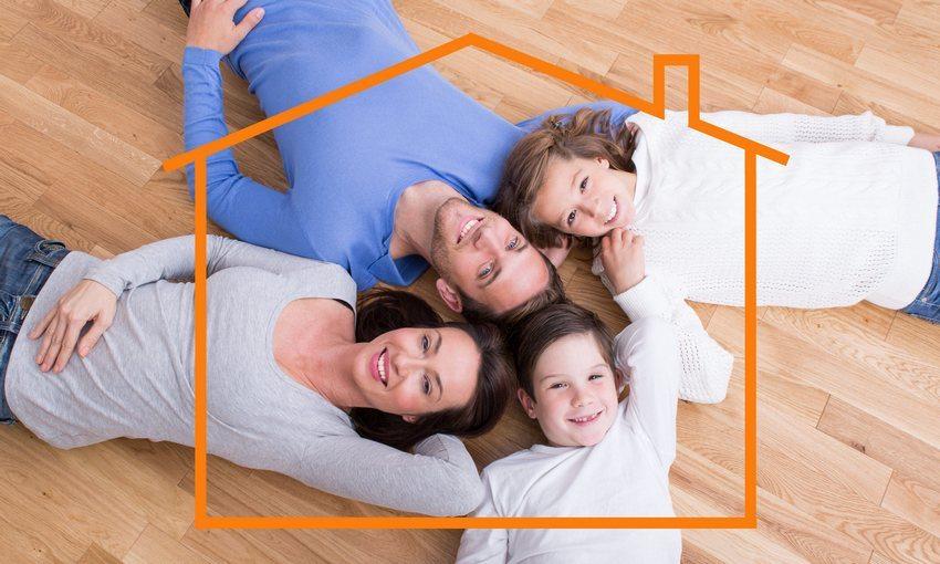 Теплая кровля обычно монтируется в домах, предназначенных для проживания в них в течение всего года, холодная - в постройках, используемых сезонно