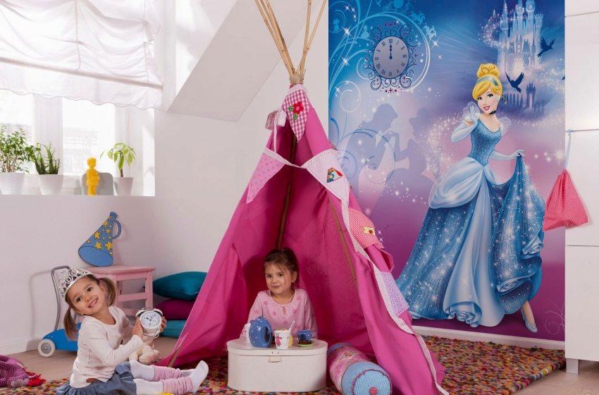 Фотообои в интерьере детской комнаты для девочки