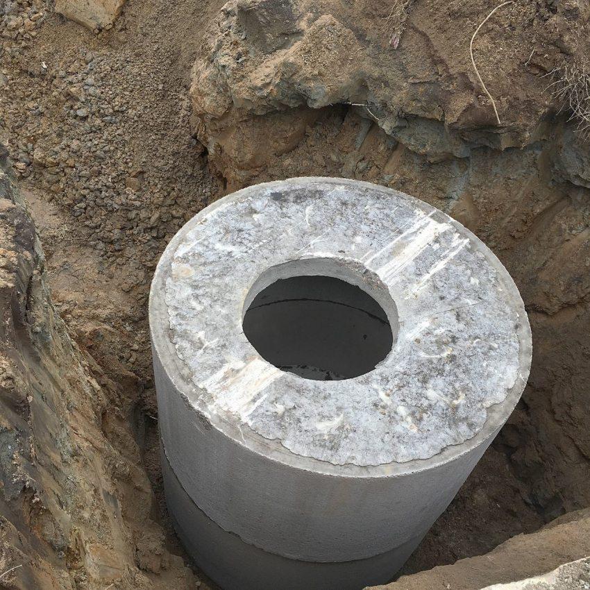 Обустройство канализационного бетонного колодца
