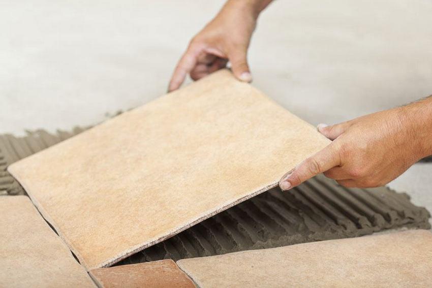 Использование цементно-стружечных плит позволяет получить идеально ровную поверхность, что существенно облегчает укладку кафеля