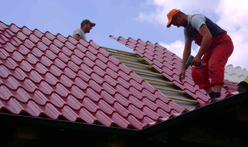 Укладка металлочерепицы на крышу простой формы