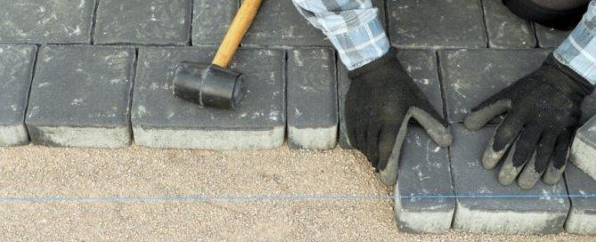 ukladka-trotuarnoj-plitki-na-pesok-tekhnologiya-31