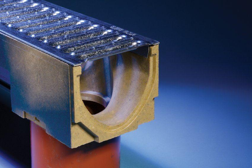 Базальтопластиковые лотки – это современная версия бетонных желобов