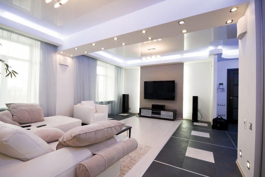 Светодиодная лента для натяжной конструкции создает эффект парящего потолка