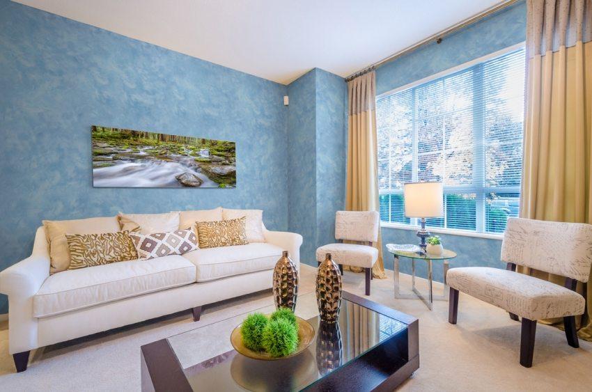 Отделка стен штукатуркой – это прекрасная возможность создать впечатляющий и необычный интерьер в гостиной