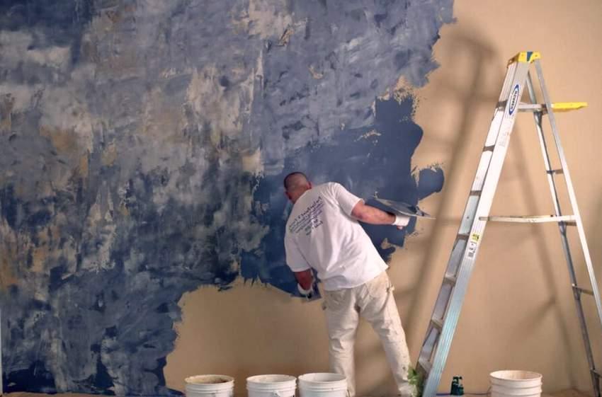 Процесс художественного оформления стен