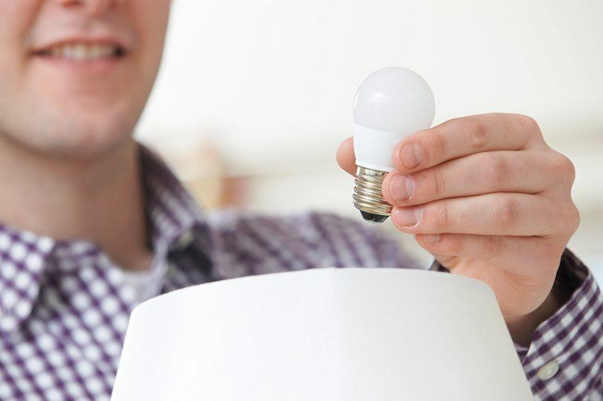 С каждым годом цена на светодиодные лампы становится все ниже
