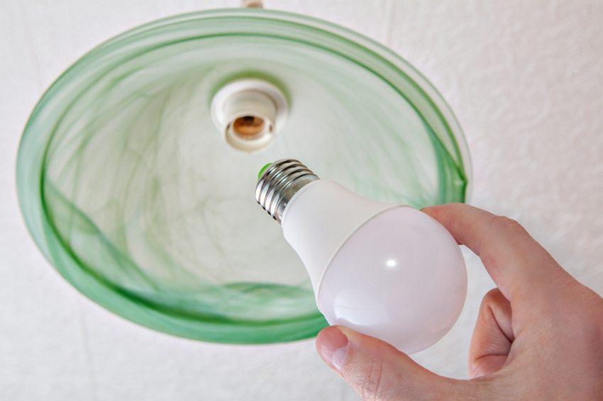 Отличительной особенностью светодиодных ламп являются длительные сроки эксплуатации