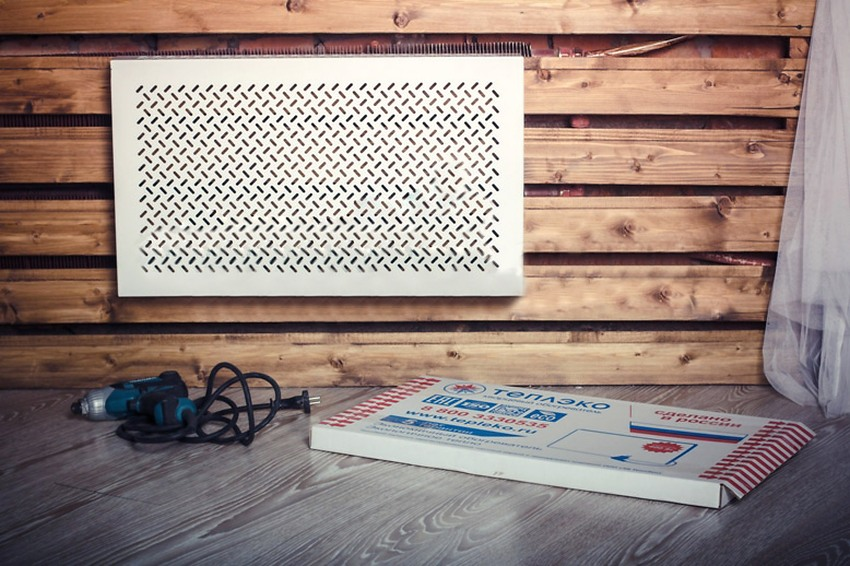 Оптимальным считается размещение нагревательного оборудования ТеплЭко под окном или напротив входной двери