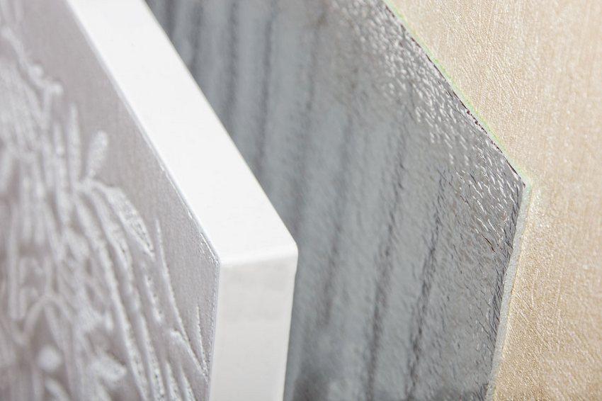 Приборы данного производителя поступают в продажу с белой поверхностью плиты, предназначенной для самостоятельного окрашивания в нужный цвет