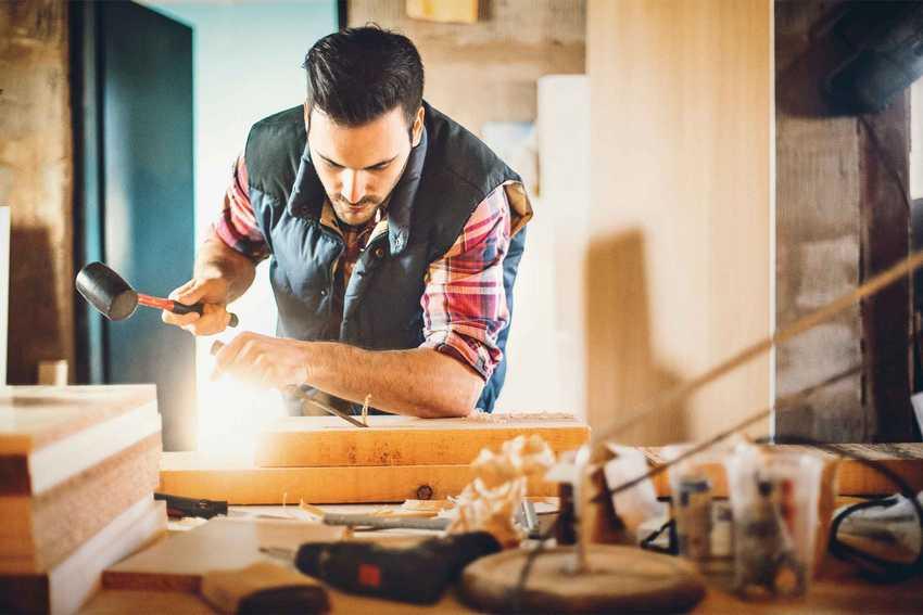 Домашняя мастерская должна быть расположена так, чтобы шум от работающих инструментов не мешал жильцам