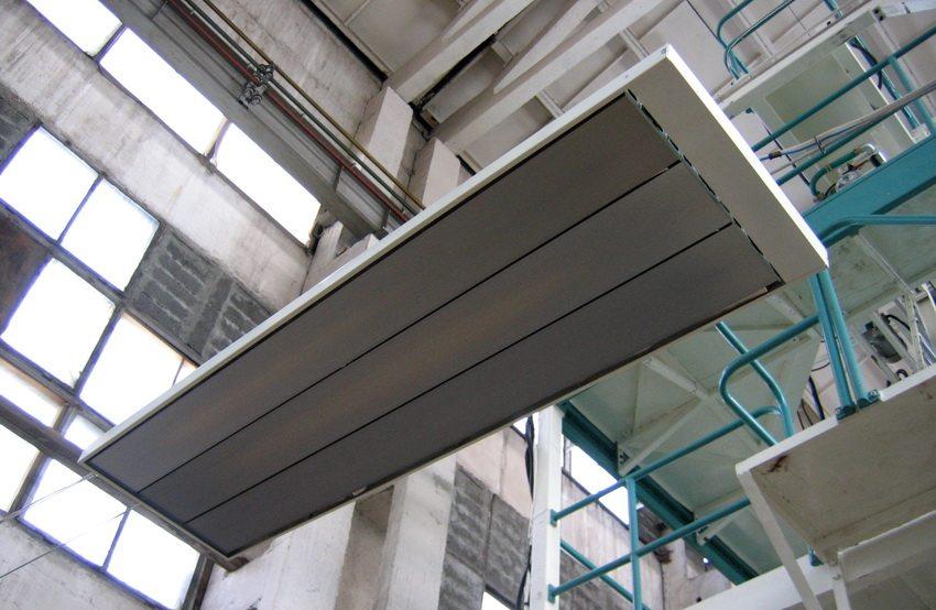 Инфракрасные обогреватели очень популярны для обогрева помещений производственного назначения