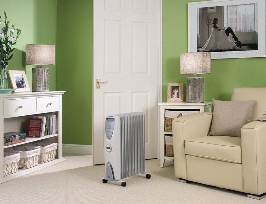 Масляный радиатор подойдет для использования в межсезонье, когда отопления еще не включили, но уже стало холодно