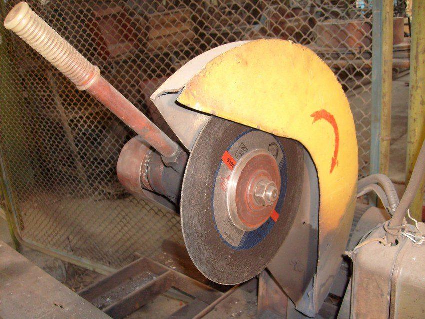 Чем больше диаметр режущего элемента, тем проще будет справиться с нарезкой толстого металла
