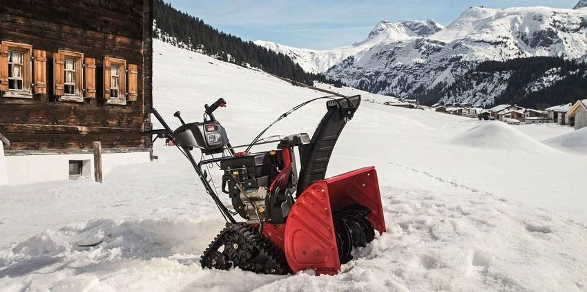 Снегоуборочная машина производства MTD