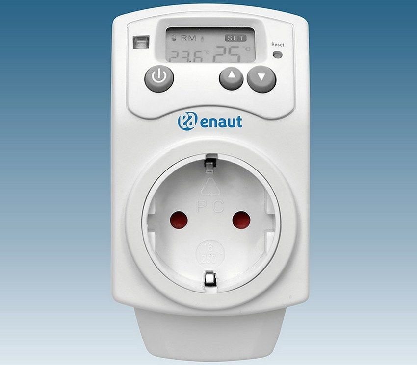 Термостат для обогревателя в розетку отличается высокой эффективностью и универсальностью