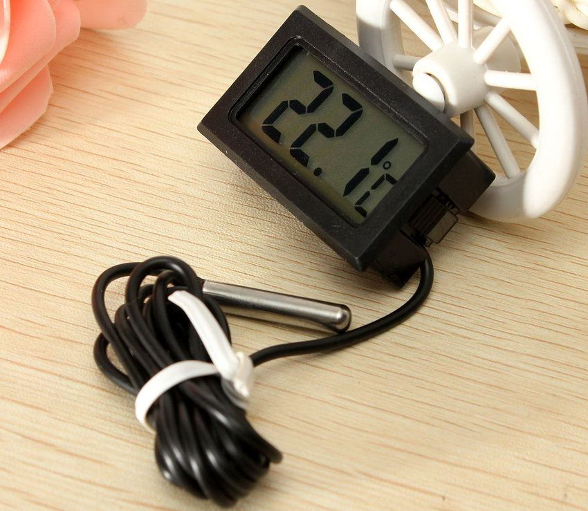 Электронный термометр достаточно простое устройство, которое не требовательно к условиям эксплуатации