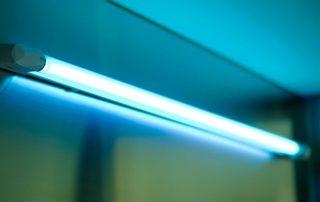 Кварцевые лампы для дома: преимущества устройств и критерии выбора