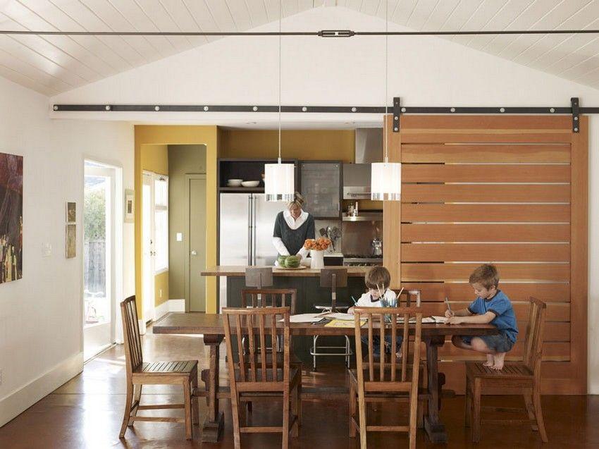 Большой популярностью пользуются перегородки, выполненные из дерева и других экологичных материалов