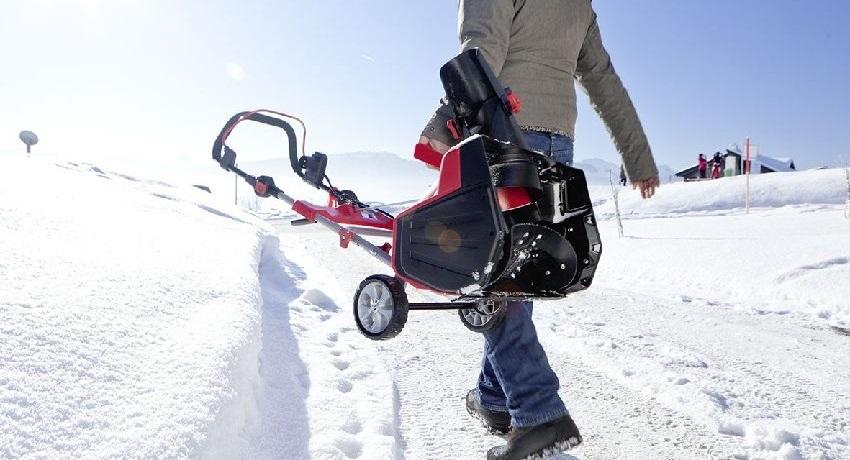 Правильное хранение снегоуборщика продлит срок его службы