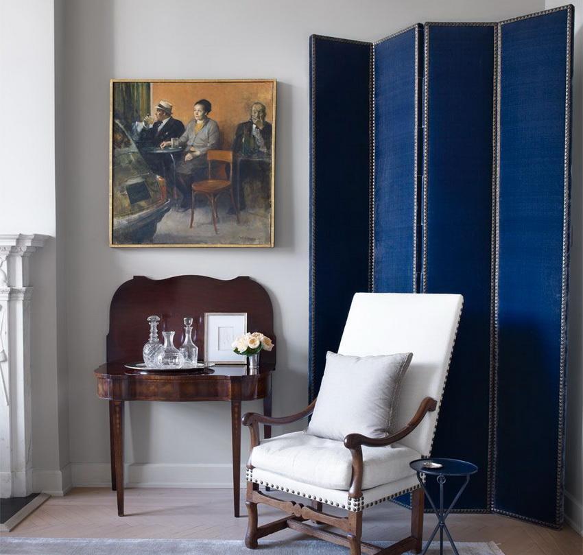 Важно выбирать ширму, которая впишется в дизайн комнаты и подчеркнет особенности интерьера