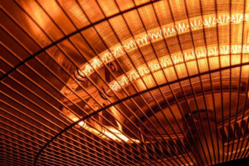 Инфракрасная лампа - оптимальное решение для обогрева курятника