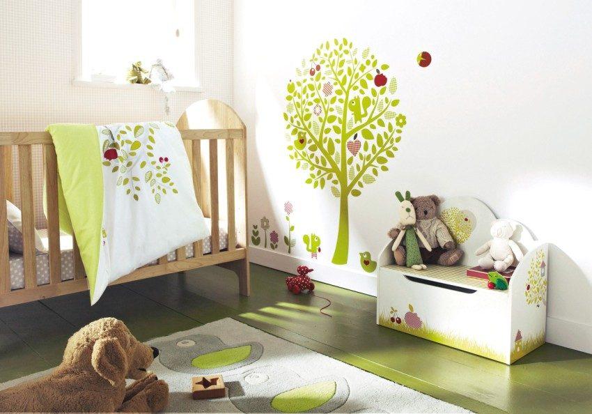 Лаконичный дизайн комнаты для девочки до 1 года