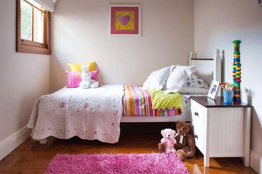 Даже маленькая комната может быть светлой и уютной