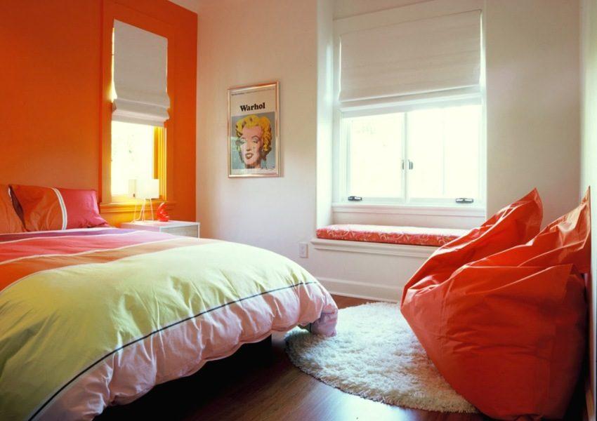 Использование ярких цветовых акцентов в отделке комнаты
