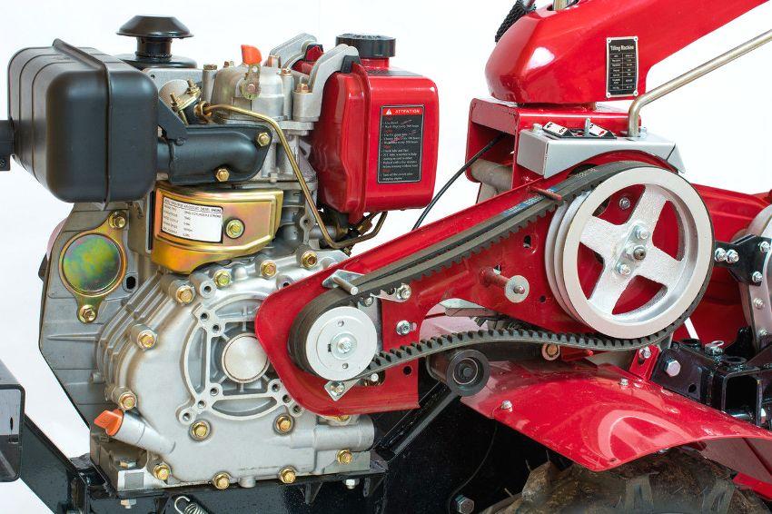 Мощность двигателя мотоблока может составлять от 3 до 9 л.с.
