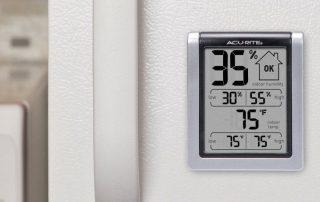 Какой купить комнатный гигрометр: разновидности и функции приборов