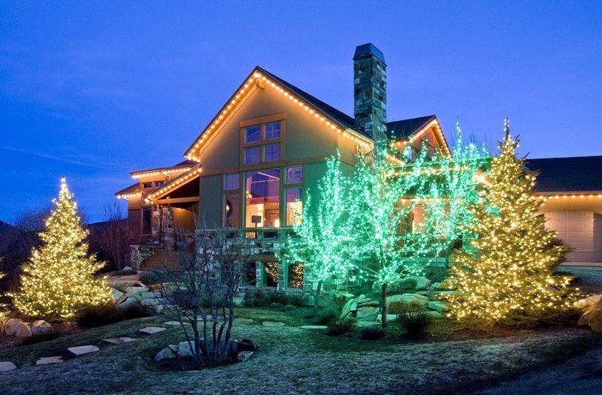 Чтобы устройство радовало хозяев дома и гостей впечатляющими световыми эффектами, стоит купить уличную морозостойкую светодиодную гирлянду с большим количеством режимов работы