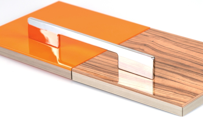 Элемент мебельного фасада, изготовленный из ЛДСП разных цветов