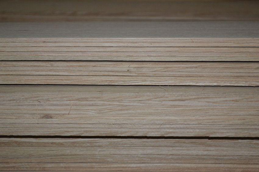 Плиты ДВП могут быть различными по толщине, размеру листа и плостности