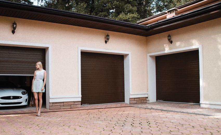 Гаражные роллетные ворота производителя DoorHan