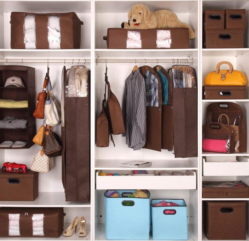 Мобильные ящики и органайзеры как наполнение гардеробной