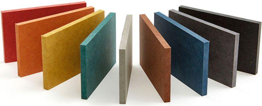 Окрашенные различными цветами панели МДФ