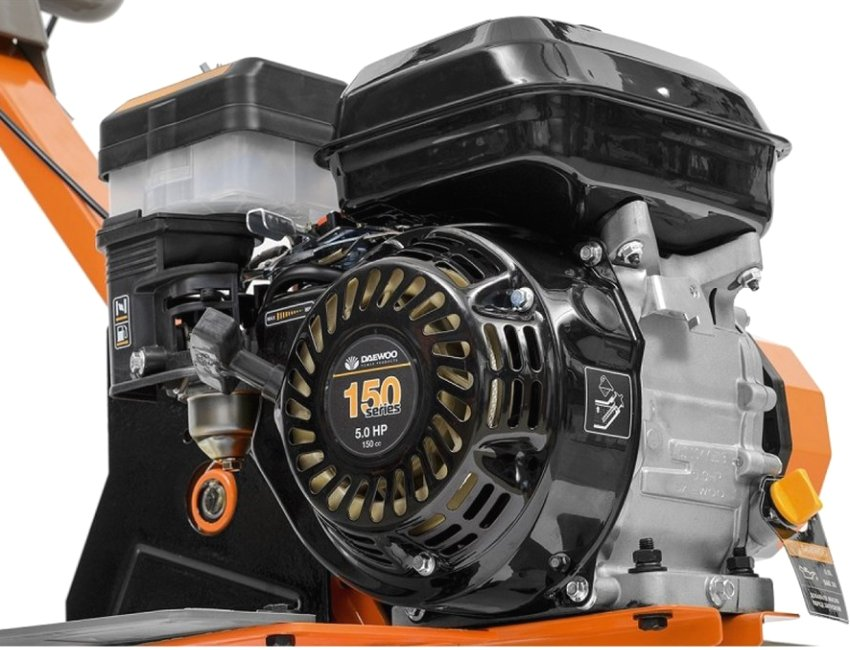 Бензиновый 4-тактный двигатель Daewoo объемом 150 куб.см