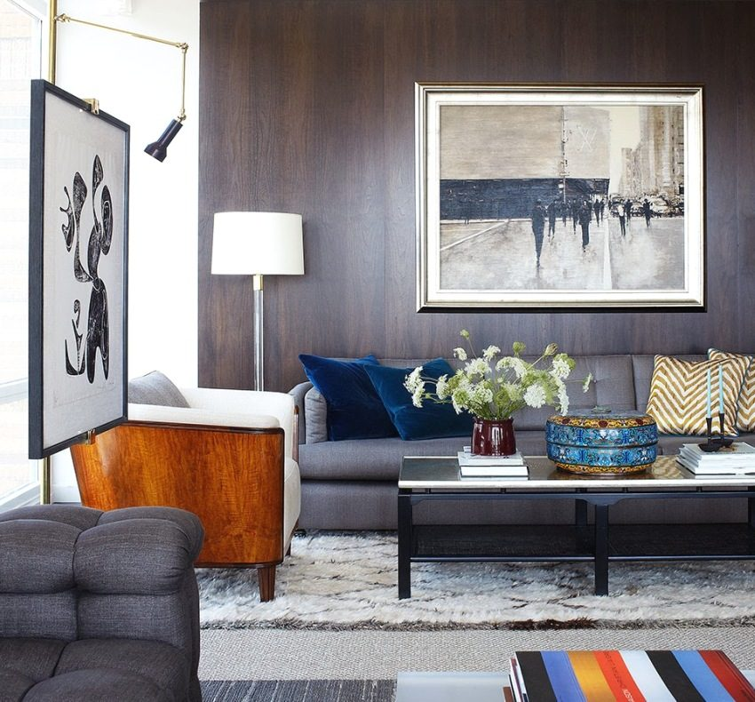 Стеновые панели МДФ темного цвета в интерьере гостиной