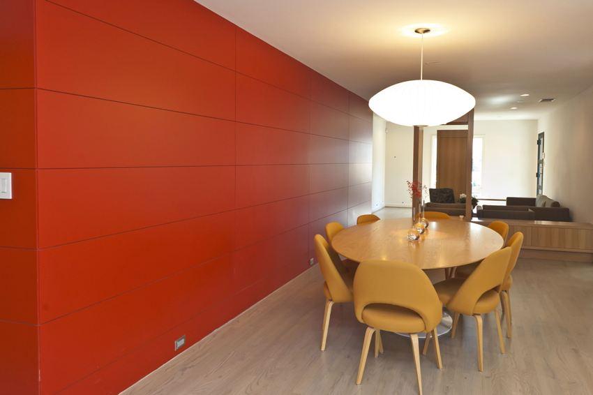 Стеновые МДФ-плиты в отделке кухни-столовой