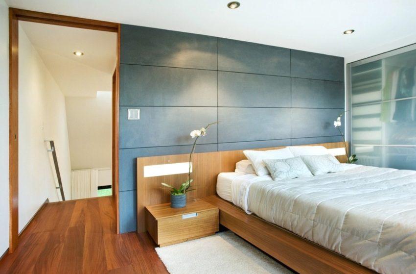 Стеновые плиты в спальне смонтированы клеевым способом