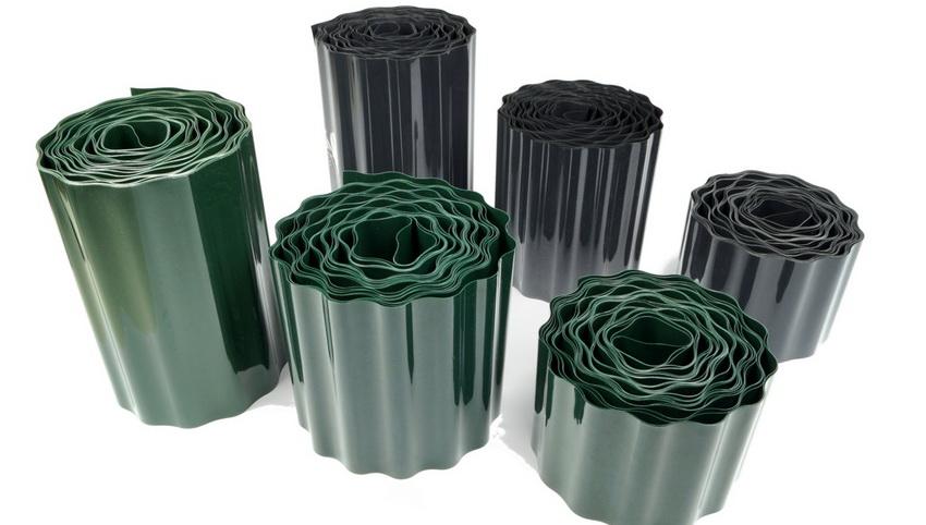 Пластиковые ленты могут иметь разнообразную фактуру: гладкую, фигурную, волнистую, гофрированную