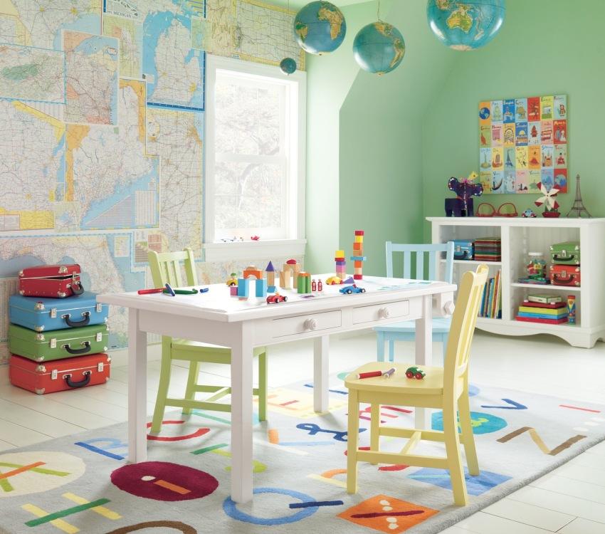 Развивающая игровая зона в комнате дошкольников