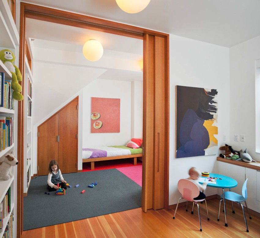 Зонирование комнаты с помощью раздвижной перегородки